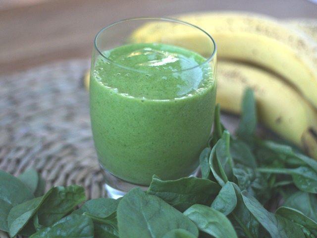 banana spinach green smoothie
